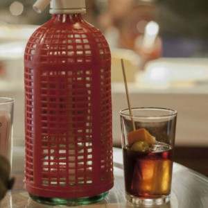 Bodega La Puntual: vermouth and tapas