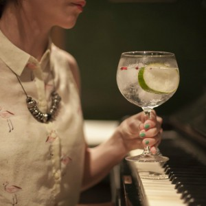 (ESP) Ultramarinos: la magia del gin