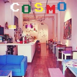 Cosmo Bar: el café convertido galería de arte