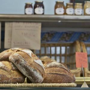Forn Ideal: la panadería de toda la vida